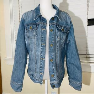 Vintage style, oversize distressed jean jacket